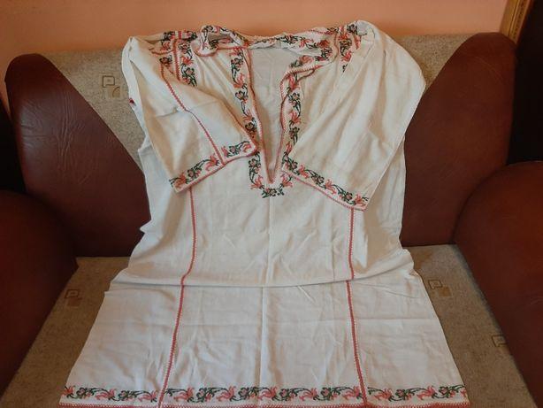 Camasa traditionala vechime aprox 100 ani model 2