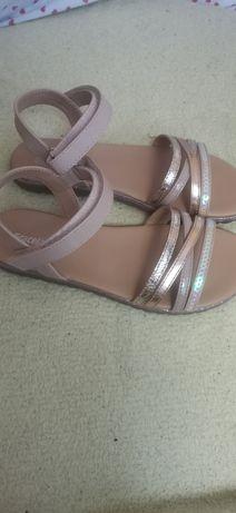 Детски летни сандали