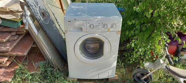 Продам стиральная машинка не рабочи