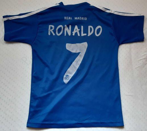 Син и червен екип на Роналдо