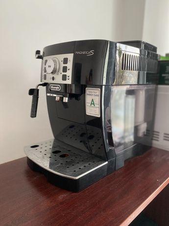 Продам кофемашину Delonghi 22.110
