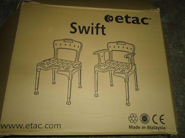 Vand scaun de baie ptr persoane batrane . Marca Etac,este nou