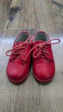 Pantofi marimea 20