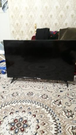 Телевизор TCL смарт