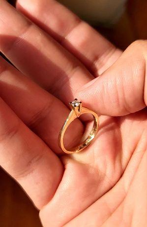 Inel de logodna -Aur Galben+Diamant 0.10ct greutate 2.05g- negociabil