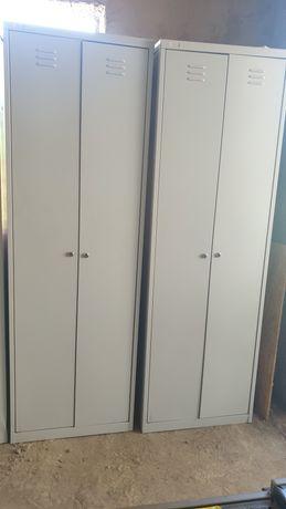Шкафы металлические 6шт