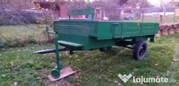 vand remorca tractor