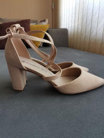 Дамски обувки Тенденз