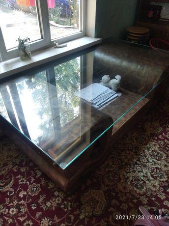 Стол гостинный стекло дерево кожа