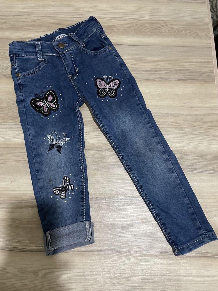 Костюм и джинсы на девочку 3г за 2000тг