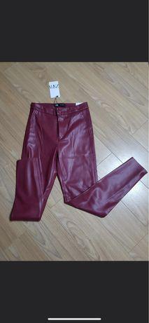 Pantaloni imitatie piele M