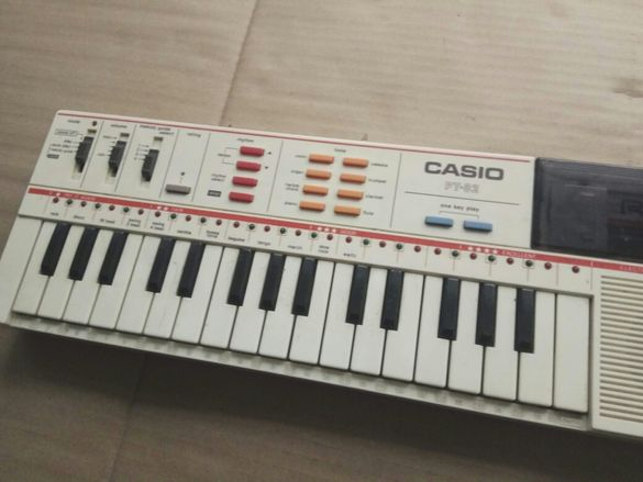 Продавам музикален инструмент клавир Casio PT-82