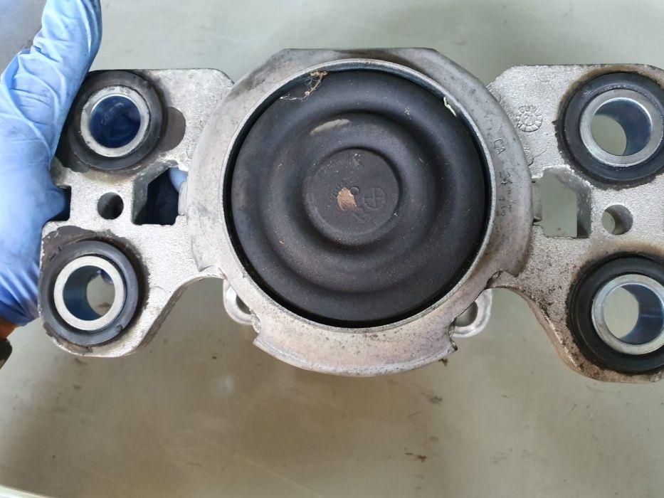 Suport tampon motor cutie viteze antibalans Range rover Evoque 2.2d