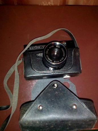 Фотоапарат(черно-бял)