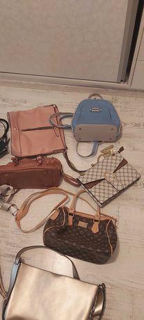 Дамски чанти и ранички