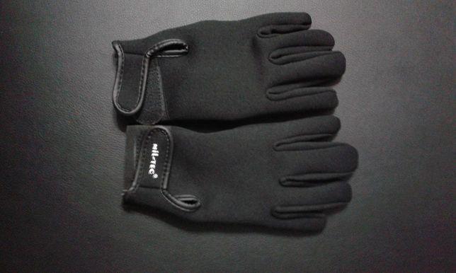 Mănuși din neopren