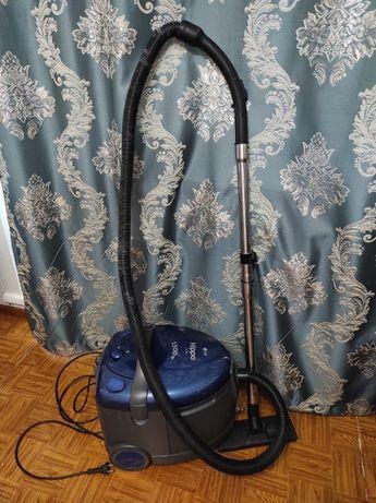 Вакуумный пылесос LG Hippo V-9155WA