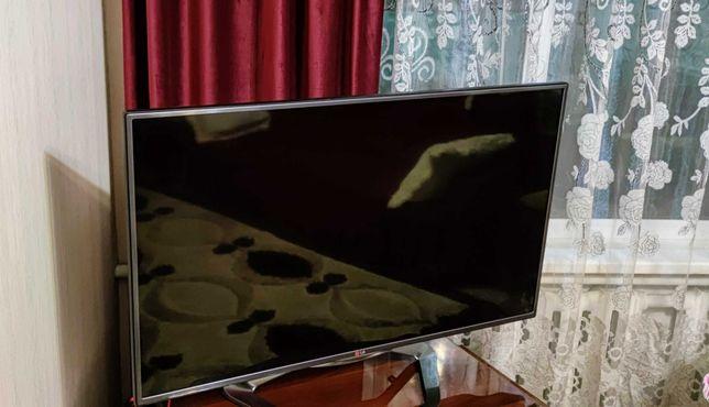 Телевизор LG Cinema 3D ( без Smart TV )  120см