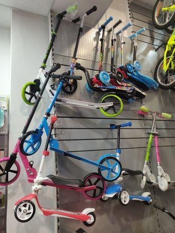 Trotinete pentru copii, modele diferite 2 roti, 3 roti Lumini Aluminiu