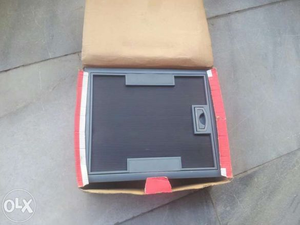 Подова модулна кутия за вграждане Legrand