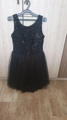 Официална рокля, размер 38 S-М
