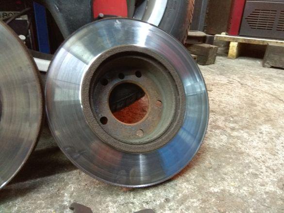 Предни дискове за BMW 320 136кс.