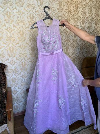 платье койлек торжественное