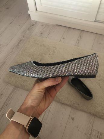 Pantofi noi superbi, marimea 38