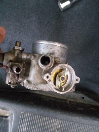 Продам дросельную заслонку на Toyota caldina 1995