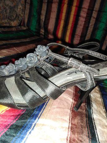 Sandale ocazie negre