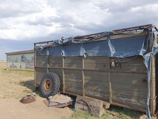 Продам бортовой кузов 6 метр.