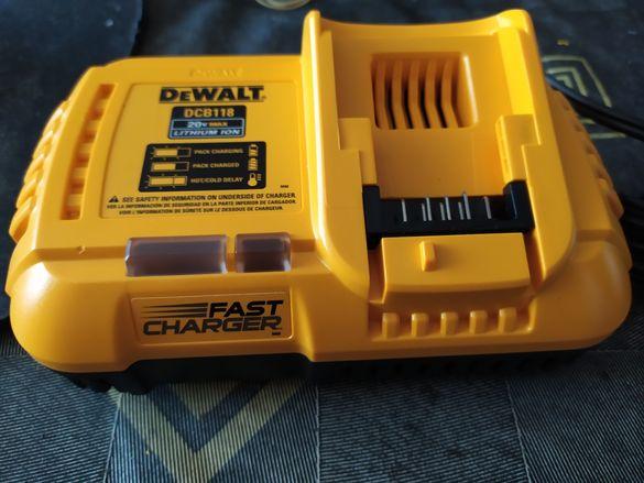 Зарядно DeWalt DCB 118