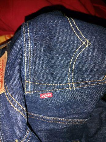 Pantaloni levis noi originali