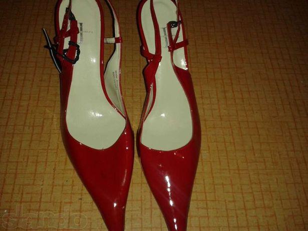 Новые женские туфли,Spain 41р-р,,покупала  в DEBENHAMS дубай