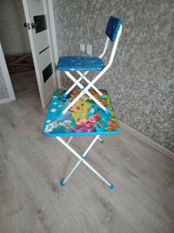 Продам парту со стулом. В отличном состоянии.