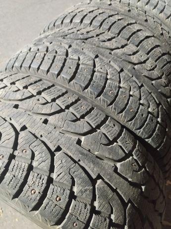 Продам зимние шины R18