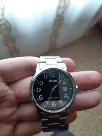 Прдам часы Casio