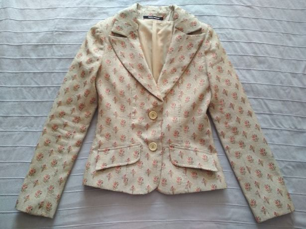 Женский пиджак разм S