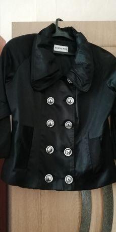 Къс сатенен шлифер