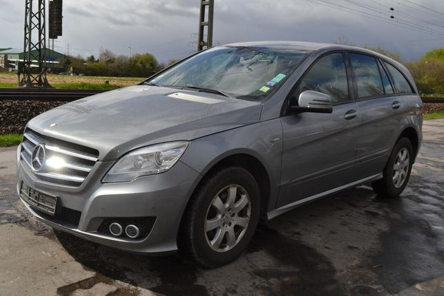 Mercedes Benz R300 2011 BlueEfficiency
