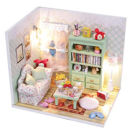 Casa de papusi/jucarii tip Diorama din lemn 3D luminata -living