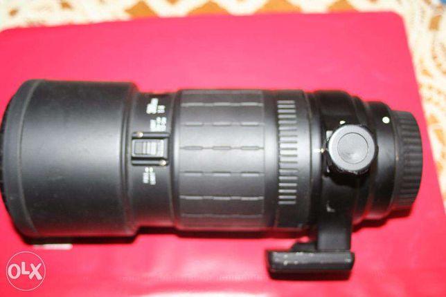 Sigma 300mm f:4, APO Tele Macro montura Canon 3.800lei