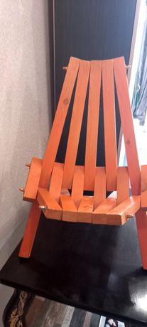 Продам детское деревянное кресло