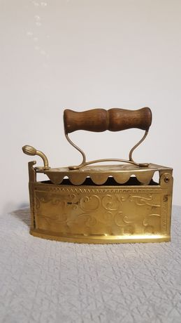 Calcator vechi, bronz