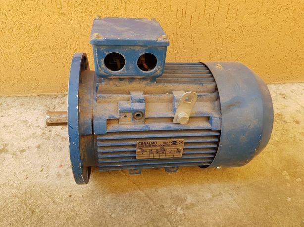 Vand motor functional electric