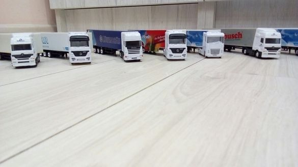 Продавам колекционерска колекция от камиончета ТИР - TIR