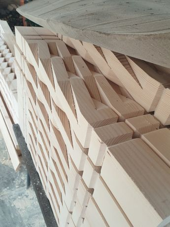 Stalpi balustri balcoane terase foisoare lemn