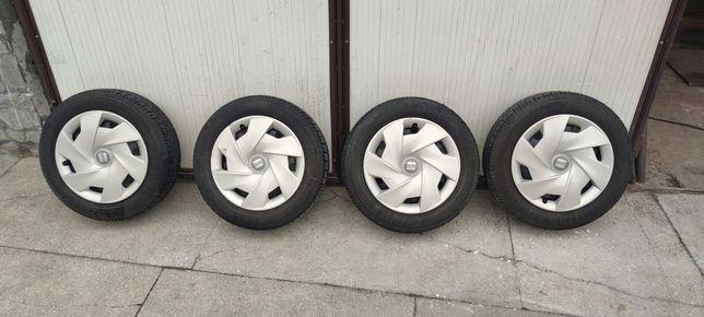 Vând set roti de vara Seat Ibiza,VW Polo, Skoda Fabia 185 60 15