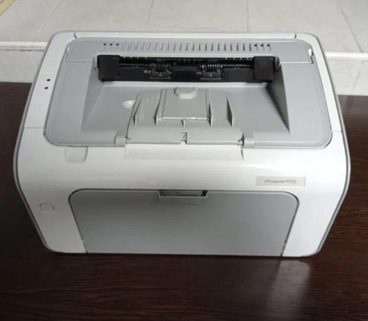 Продам принтер НР 1102 в отличном состоянии