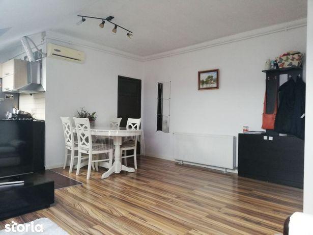 Apartament cu 3 camere de vânzare, Floresti